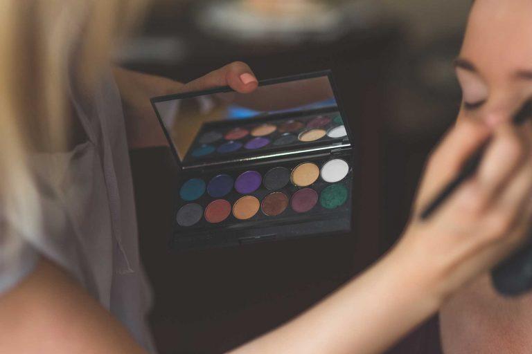 3 Ways To Jump Start Your Career As A Makeup Artist