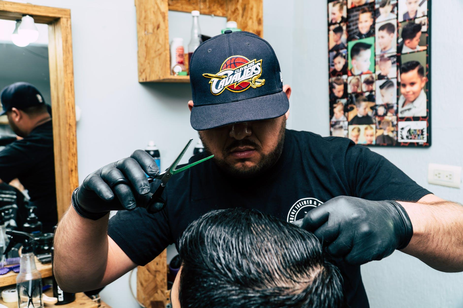 Top 5 Reasons Your Barbershop Needs To Add an Online Business Management System
